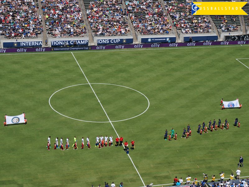 The opening ceremony of the Inter Milan vs Paris Saint-Germain