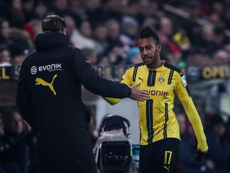 Pierre-Emerick Aubameyang of Dortmund leaves the pitch during the Bundesliga match between 1. FSV Mainz 05 and Borussia Dortmund at Opel Arena on January 29, 2017 in Mainz, Germany. (Photo by Maja Hitij/Bongarts/Getty Images)