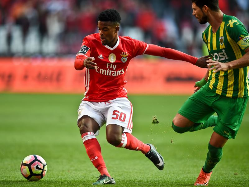 Nelson Semedo is one to watch for Benfica (PATRICIA DE MELO MOREIRA/AFP/Getty Images)