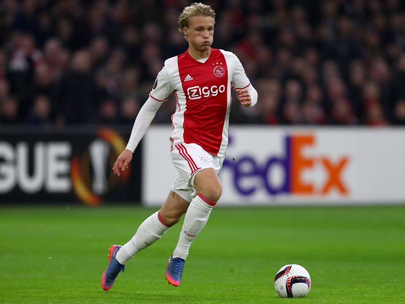 Kasper Dolberg is one of Europe's most promising attacking talents. Davy Klaassen is Ajax Amsterdam's leader. (Photo by Dean Mouhtaropoulos/Getty Images)