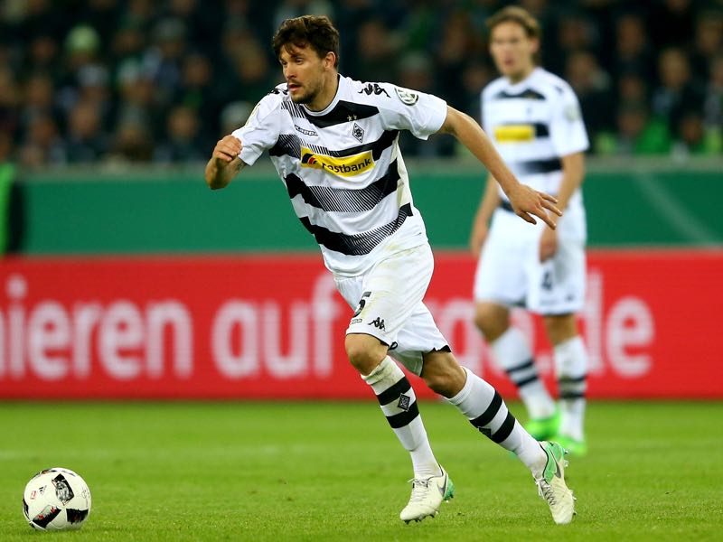 Tobias Strobl is an often underestimated player for Gladbach. (Photo by Christof Koepsel/Bongarts/Getty Images)