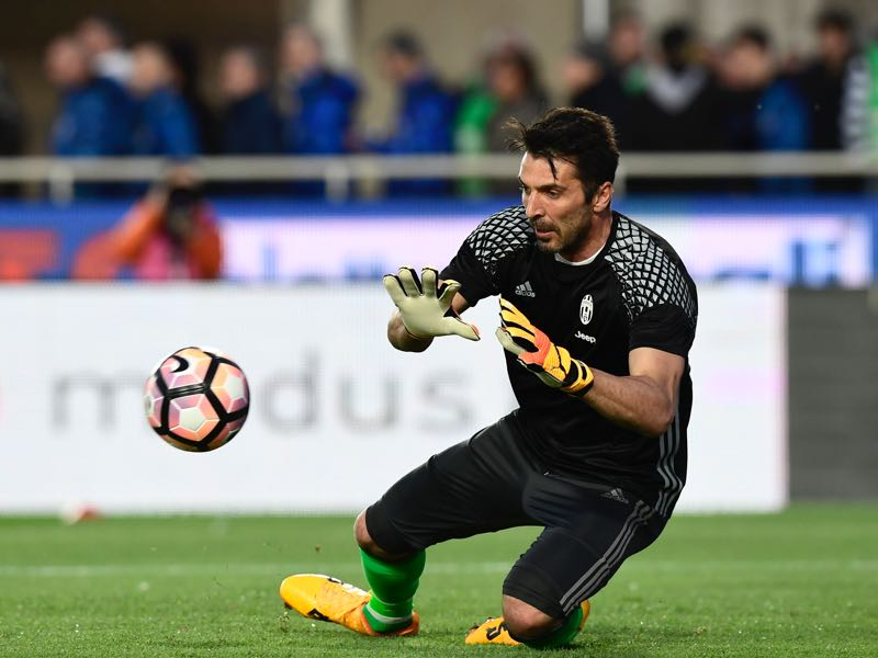 Gianluigi Buffon is the cornerstone of Juve's defence. (MIGUEL MEDINA/AFP/Getty Images)
