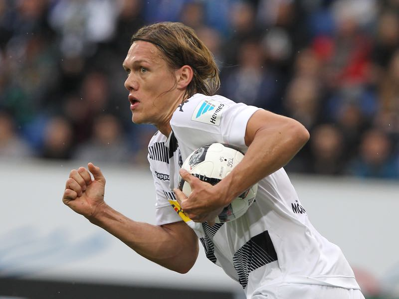 Jannik Vestergaard would be a good alternative to Andreas Christensen. Andreas Christensen would be a good signing for Borussia Dortmund. (AMELIE QUERFURTH/AFP/Getty Images)
