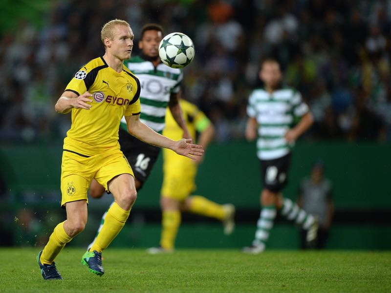 Sebastian Rode would be a good internal replacement. (Photo by Octavio Passos/Getty Images)