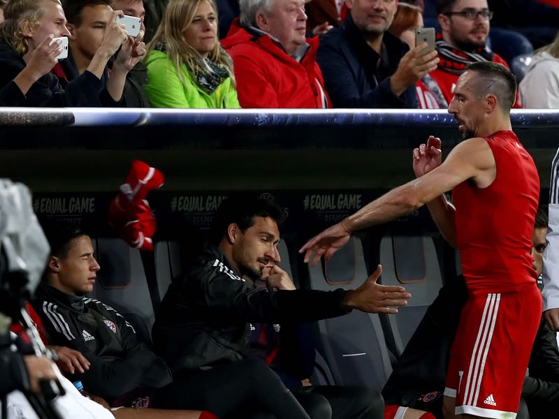 Frank Ribéry was visibly upset with Carlo Ancelotti after being substituted in the Champions League game against RSC Anderlecht. (Photo by Alexander Hassenstein/Bongarts/Getty Images)