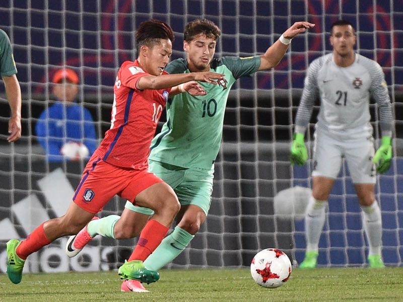 Xadas (r.) is the next wunderkind to come out of Portugal. (KIM DOO-HO/AFP/Getty Images)