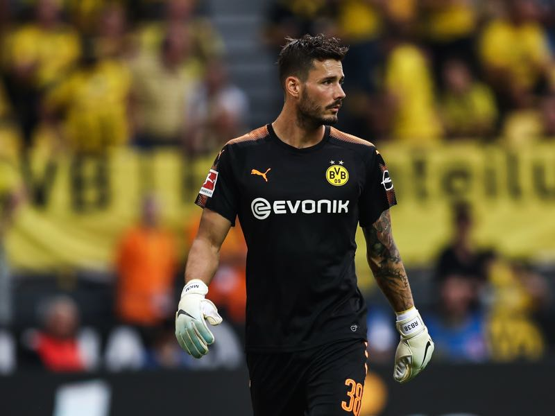 Roman Bürki has not been flawless this season. (Photo by Maja Hitij/Bongarts/Getty Images)