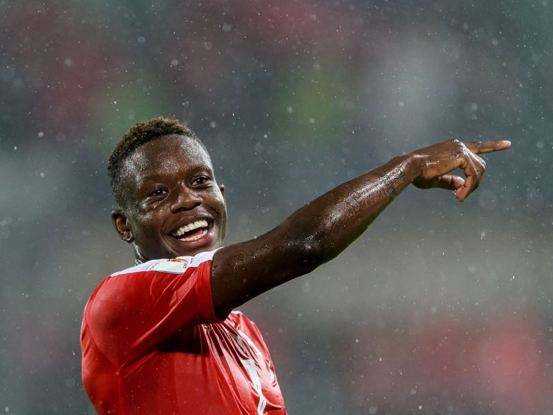 Denis Zakaria will be Switzerland's key player in the World Cup playoff match against Northern Ireland. (FABRICE COFFRINI/AFP/Getty Images)