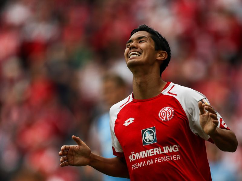 Yoshinori Muto will be Mainz's key player. (Photo by Maja Hitij/Bongarts/Getty Images)