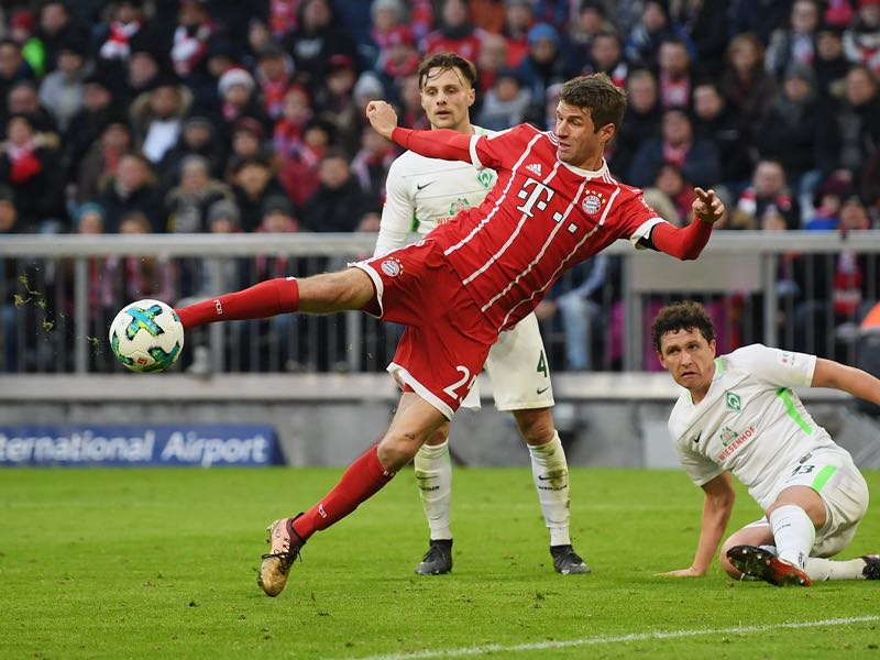 Bayern München vs Werder Bremen - Thomas Müller equalised the game just before halftime with a fantastic half-volley. (Photo by Matthias Hangst/Bongarts/Getty Images)