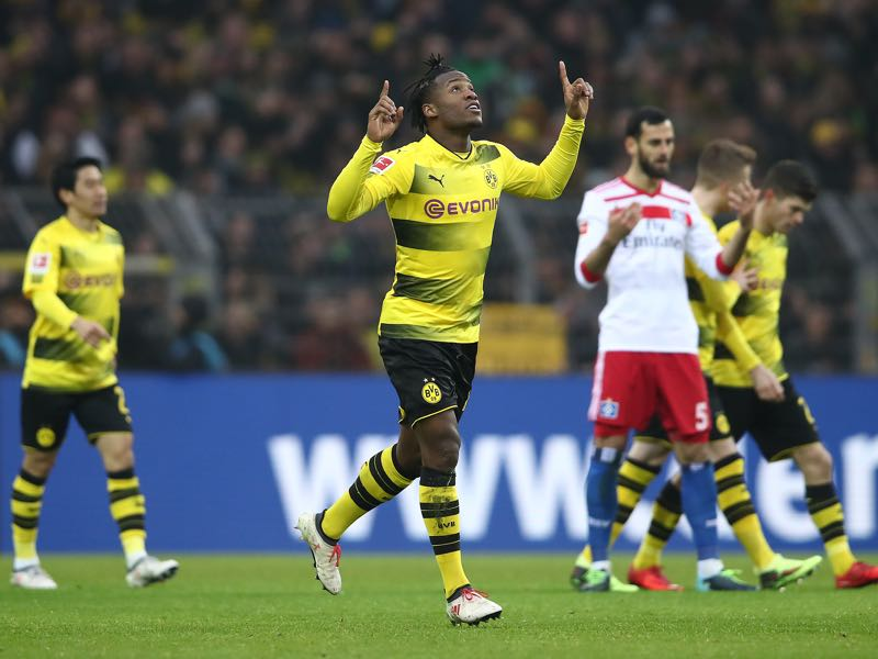 Michy Batshuayi scored the game-winning goal for Dortmund. (Photo by Oliver Hardt/Bongarts/Getty Images)