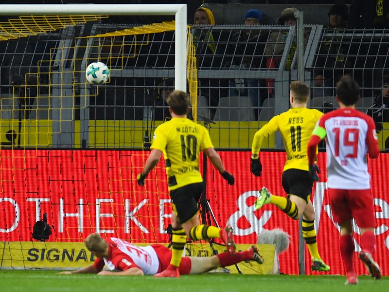 Marco Reus scored the opening goal against FC Augsburg. (PATRIK STOLLARZ/AFP/Getty Images)