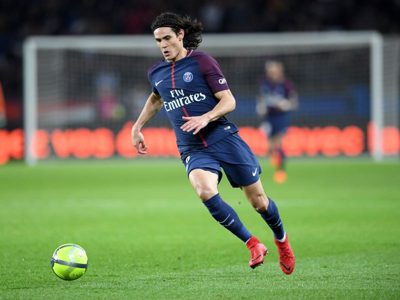 Edinson Cavani will be Paris' key player. (CHRISTOPHE ARCHAMBAULT/AFP/Getty Images)