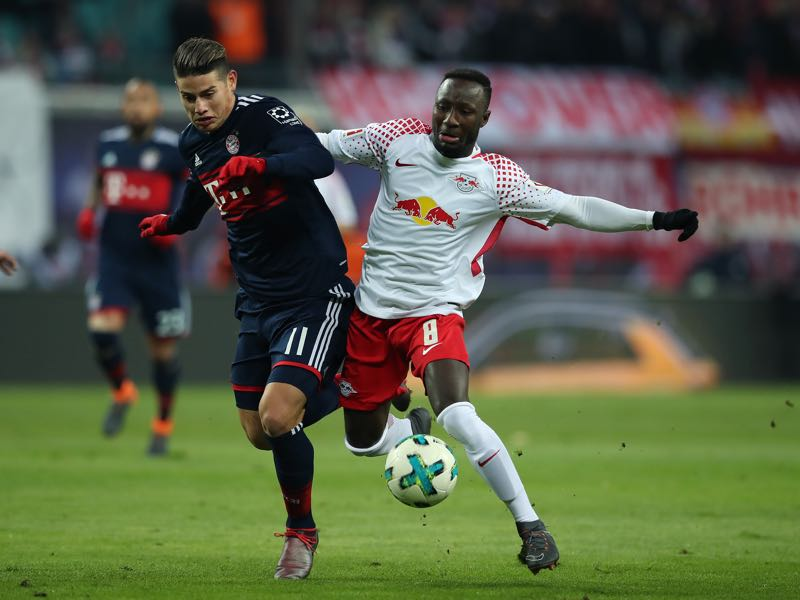 RB Leipzig vs Bayern - Naby Keïta (r.) was the player of the match. (Photo by Ronny Hartmann/Bongarts/Getty Images)