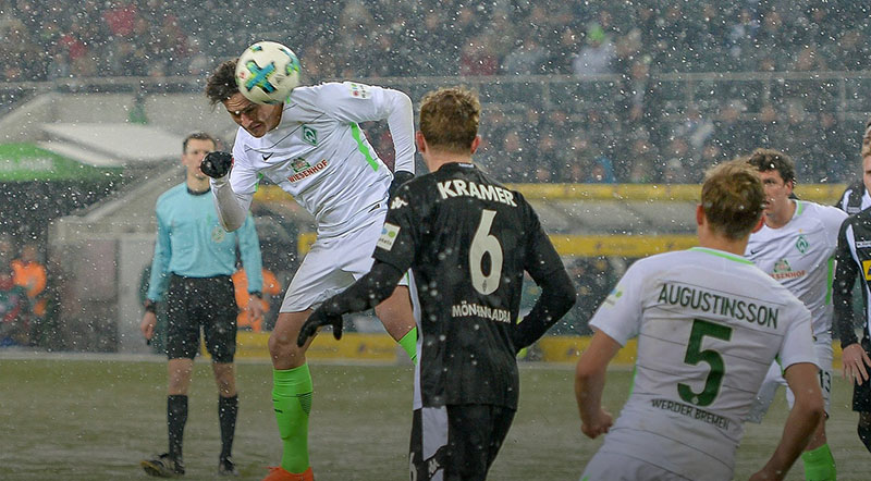Gladbach vs Werder Bremen - Thomas Delaney scores with a header in the game Gladbach vs Bremen at Borussia-Park on 2 Mar 2018. (Photo: Werder Bremen / Twitter)