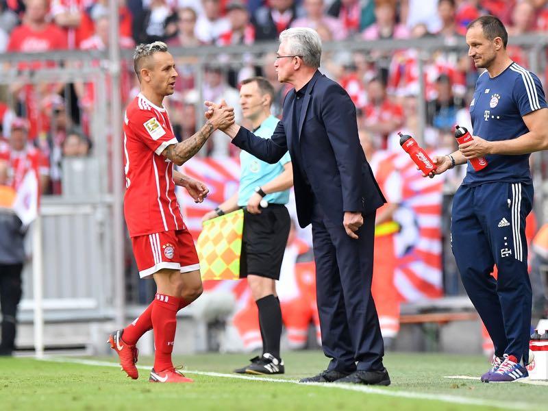 Bayern vs Eintracht Frankfurt - Rafinha (l.) managed to impress his head coach Jupp Heynckes (r.) (Photo by Sebastian Widmann/Bongarts/Getty Images)