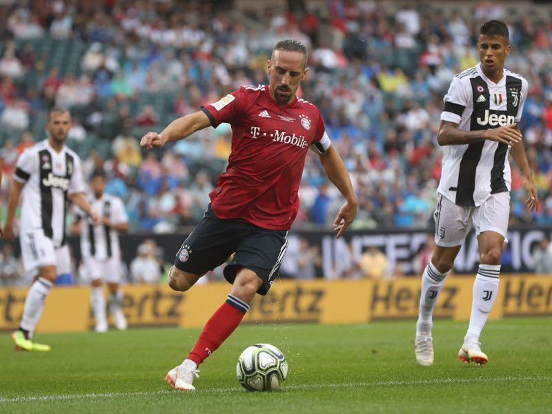 Franck Ribery of FC Bayern Muenchen kicks the ball during the International Champions Cup match between Juventus Turin and FC Bayern Muenchen at Lincoln Financial Field on July 25, 2018 in Philadelphia, Pennsylvania. (Photo by Alexandra Beier/Bongarts/Getty Images)