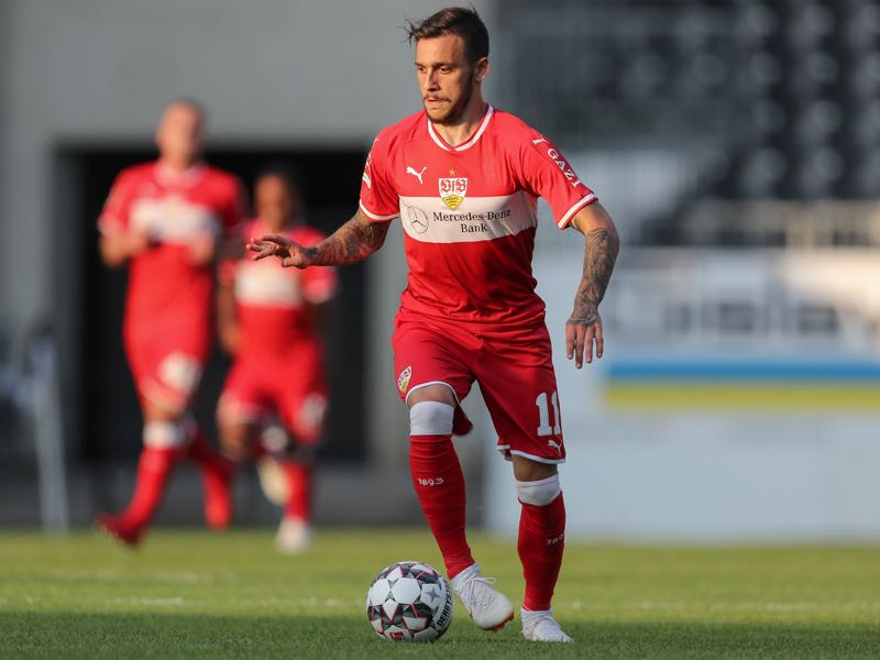 Anastasios Donis of Stuttgart in action during the pre-season friendly match between SV Sandhausen and VfB Stuttgart on July 25, 2018 in Sandhausen, Germany. (Photo by Christian Kaspar-Bartke/Getty Images)