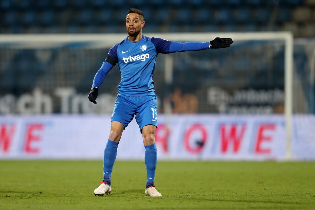 Sidney Sam of Bochum issues instructions during the Bundesliga 2 match between VfL Bochum 1848 and SV Darmstadt 98 at Vonovia Ruhrstadion on February 9, 2018 in Bochum, Germany.The match between Bochum and Darmstadt ended 2-1. (Photo by Christof Koepsel/Bongarts/Getty Images)