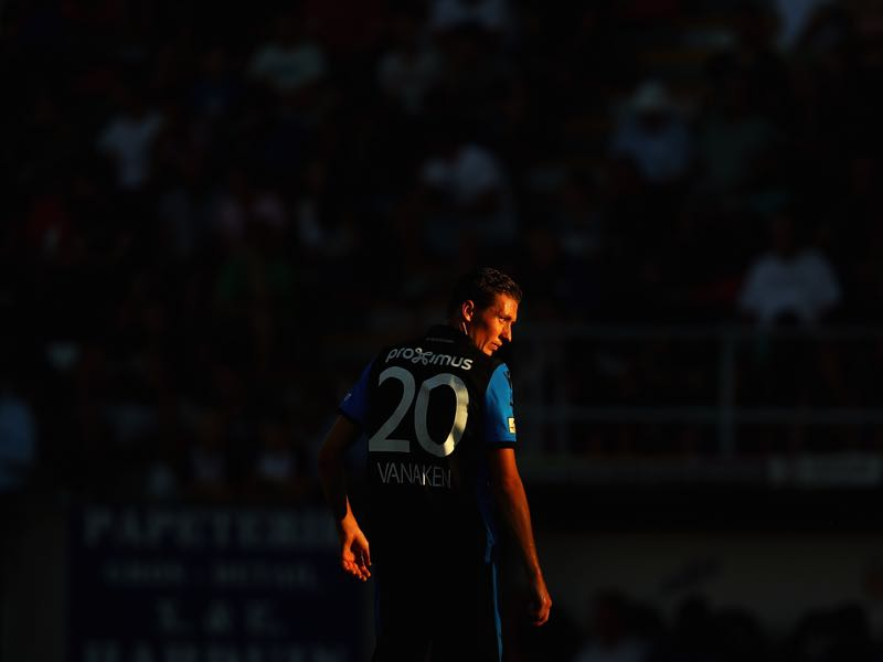 Hans Vanaken of Club Brugge KV in action during the Jupiler Pro League match between Royal Excel Mouscron and Club Brugge at Stade Le Canonnier on August 5, 2018 in Mouscron, Belgium. (Photo by Dean Mouhtaropoulos/Getty Images)
