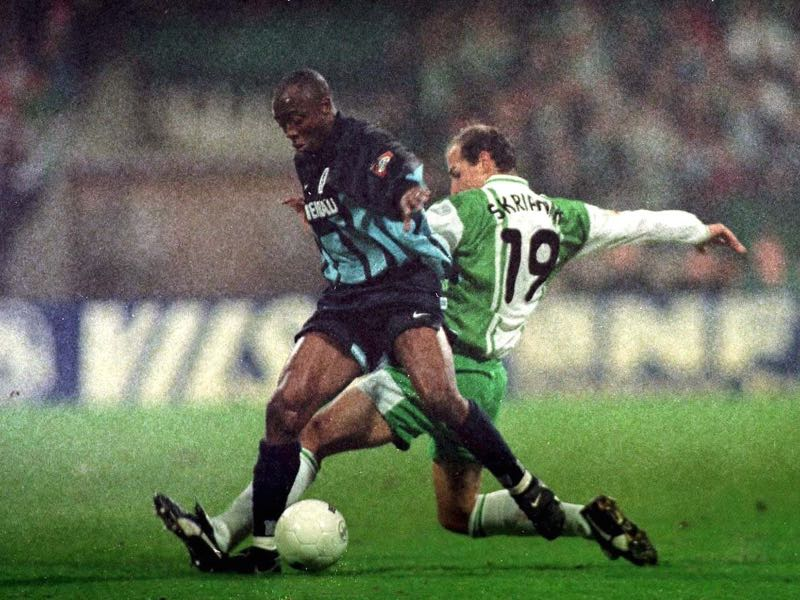 Abedi Pele had to get used to life in the Bundesliga (Photo by Marcus Brandt/Bongarts/Getty Images)