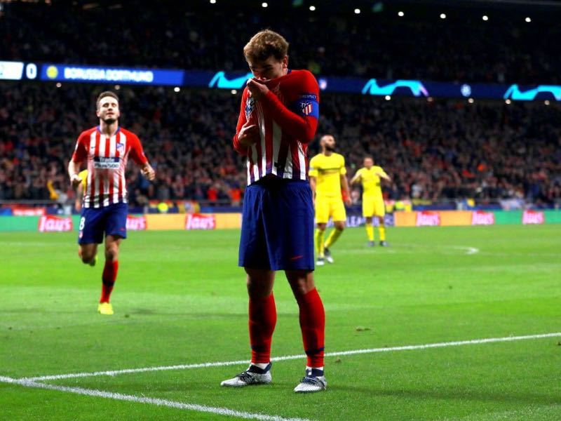 Atletico Madrid v Dortmund - Antoine Griezmann of Atletico Madrid celebrates after scoring his team's second goal during the Group A match of the UEFA Champions League between Club Atletico de Madrid and Borussia Dortmund at Estadio Wanda Metropolitano on November 6, 2018 in Madrid, Spain. (Photo by Gonzalo Arroyo Moreno/Getty Images)