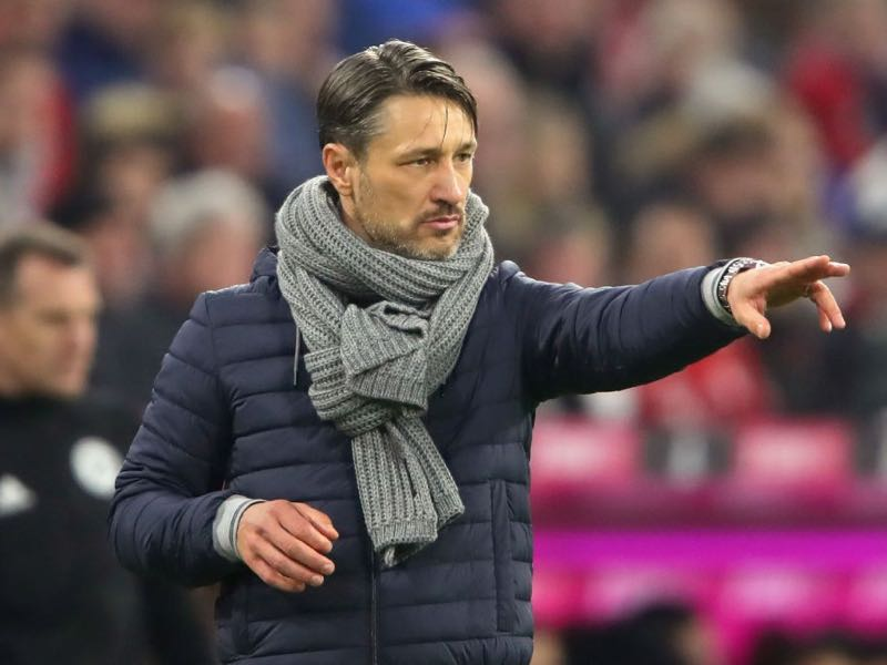 Bayern vs SC Freiburg -Niko Kovac, head coach of Bayern Muenchen gives instructions to his players during the Bundesliga match between FC Bayern Muenchen and Sport-Club Freiburg at Allianz Arena on November 3, 2018 in Munich, Germany. (Photo by Alexander Hassenstein/Bongarts/Getty Images)