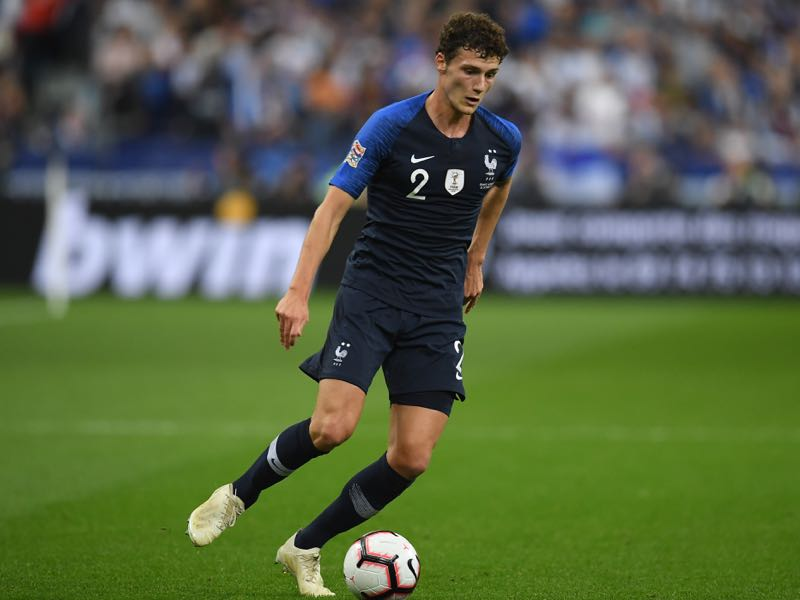 Benjamin Pavard of France runs with the ball during the UEFA Nations League A group one match between France and Germany at Stade de France on October 16, 2018 in Paris, France. (Photo by Matthias Hangst/Bongarts/Getty Images)