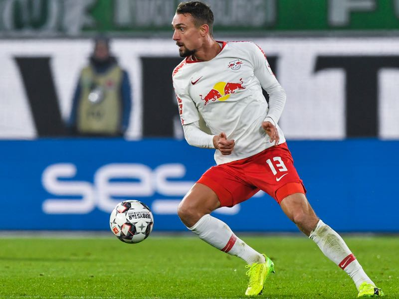 Leipzig's Austrian midfielder Stefan Ilsanker runs with the ball during the German first division Bundesliga football match between VfL Wolfsburg and RB Leipzig in Wolfsburg, northern Germany on November 24, 2018. (Photo by John MACDOUGALL / AFP)