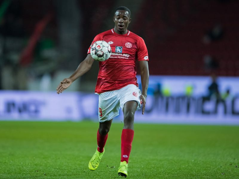 ean-Philippe Mateta of Mainz controls the ball during the Bundesliga match between 1. FSV Mainz 05 and Hannover 96 at Opel Arena on December 9, 2018 in Mainz, Germany. (Photo by Simon Hofmann/Bongarts/Getty Images)