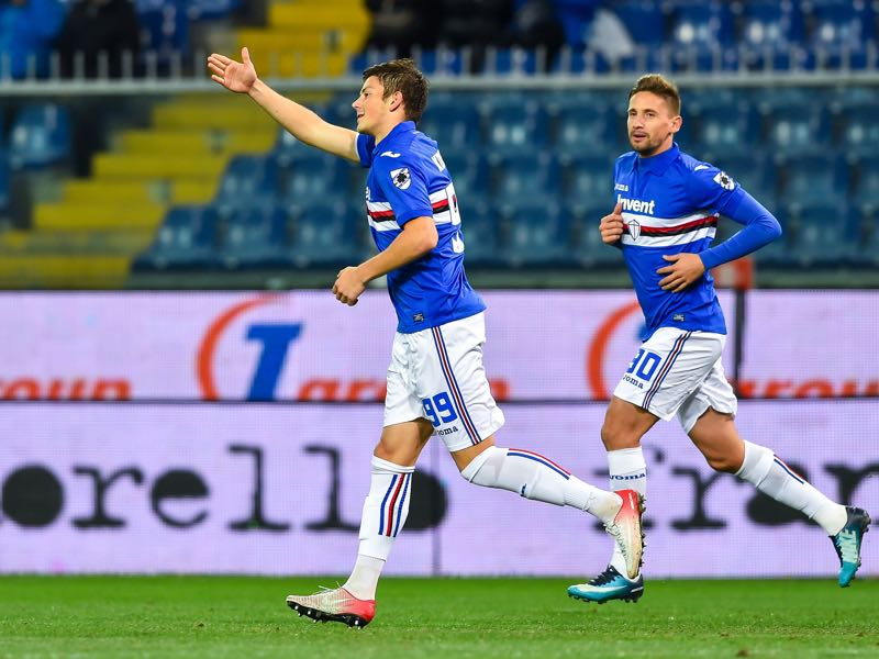 Dawid Kownacki (Sampdoria) celebrate after score 1-0 during the Tim Cup match between UC Sampdoria and Pescara Calcio at Stadio Luigi Ferraris on November 28, 2017 in Genoa, Italy. (Photo by Paolo Rattini/Getty Images)