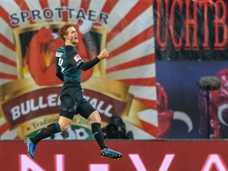 Bremen´s US forward Josh Sargent celebrates scoring during the German first division Bundesliga football match between RB Leipzig and Werder Bremen in Leipzig, eastern Germany on December 22, 2018. (Photo by ROBERT MICHAEL / AFP)
