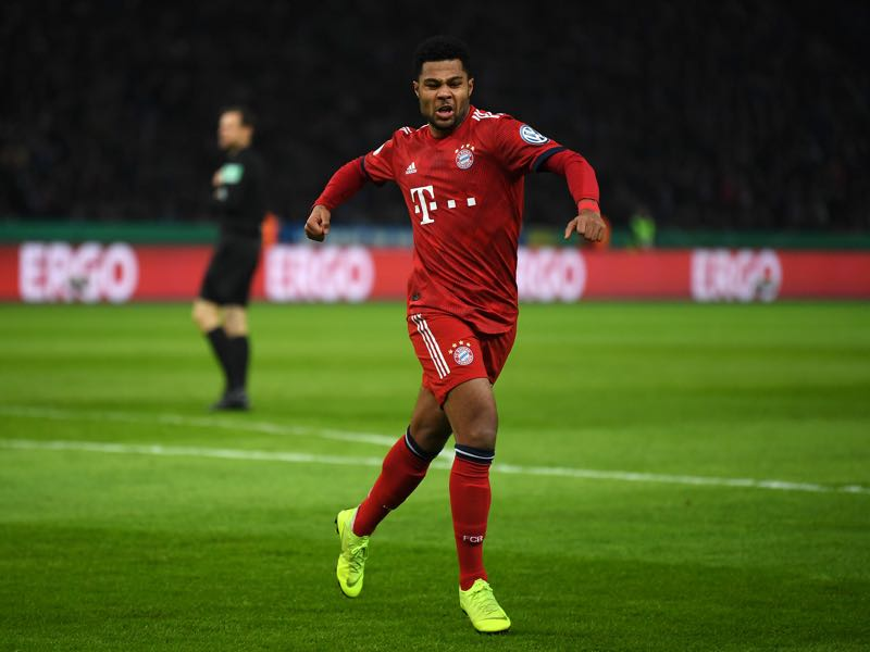 Werder vs Bayern - Serge Gnabry of Bayern Munich celebrates after scoring his sides first goal during the DFB Cup match between Hertha BSC and FC Bayern Muenchen at Olympiastadion on February 06, 2019 in Berlin, Germany. (Photo by Stuart Franklin/Bongarts/Getty Images)