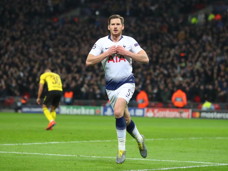 Tottenham v Dortmund - Jan Vertonghen of Tottenham celebrates scoring to make it 2-0 during the UEFA Champions League Round of 16 First Leg match between Tottenham Hotspur and Borussia Dortmund at Wembley Stadium on February 13, 2019 in London, England. (Photo by Catherine Ivill/Getty Images)