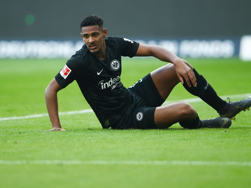 Frankfurt v Gladbach - Sebastian Haller of Frankfurt reacts during the Bundesliga match between Eintracht Frankfurt and Borussia Moenchengladbach at Commerzbank-Arena on February 17, 2019 in Frankfurt am Main, Germany. (Photo by Alex Grimm/Bongarts/Getty Images)