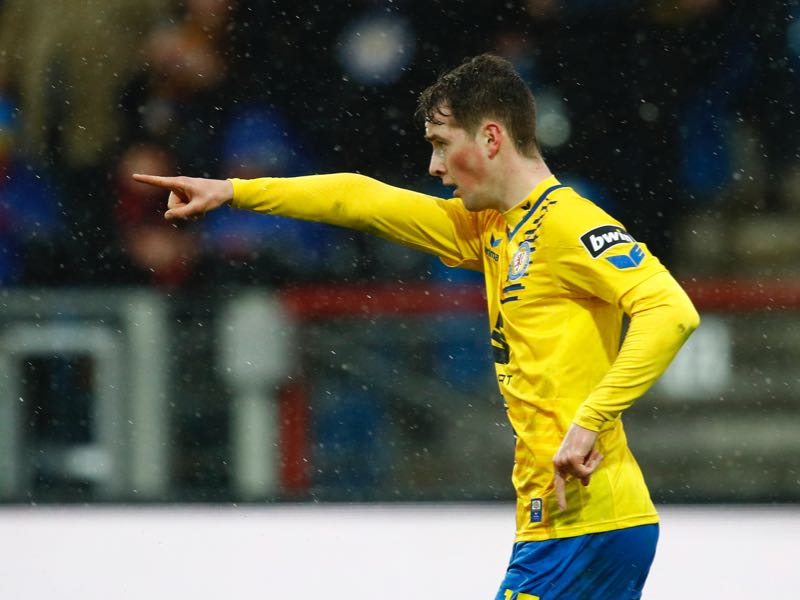 Yari Otto of Braunschweig celebrates the goal 1:1 for Braunschweig during the 3. Liga match between Eintracht Braunschweig and FC Wuerzburger Kickers at Eintracht Stadion on March 9, 2019 in Braunschweig, Germany. (Photo by Joachim Sielski/Bongarts/Getty Images)
