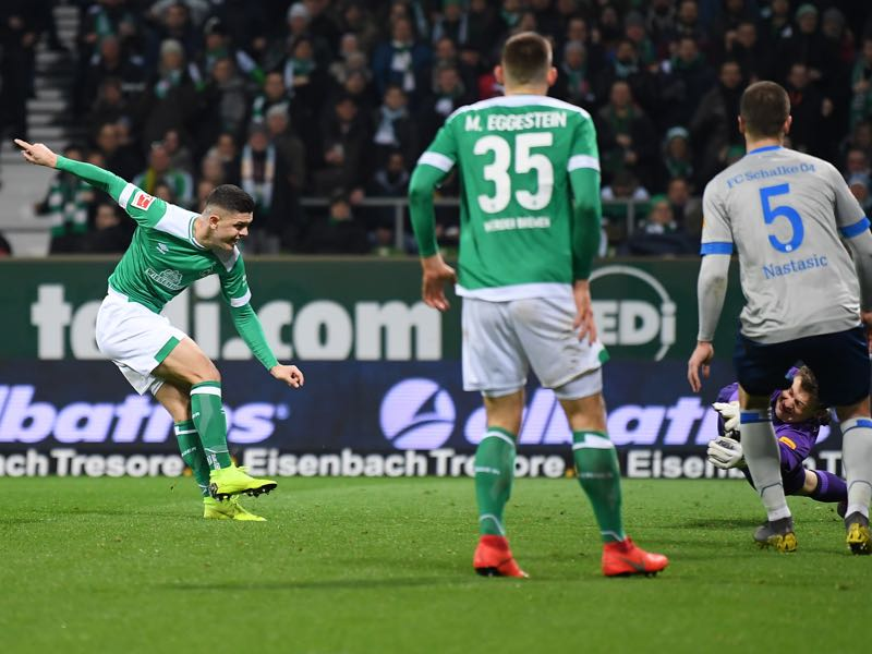 Milot Rashica of Bremen scores his second goal during the Bundesliga match between SV Werder Bremen and FC Schalke 04 at Weserstadion on March 08, 2019 in Bremen, Germany. (Photo by Stuart Franklin/Bongarts/Getty Images)