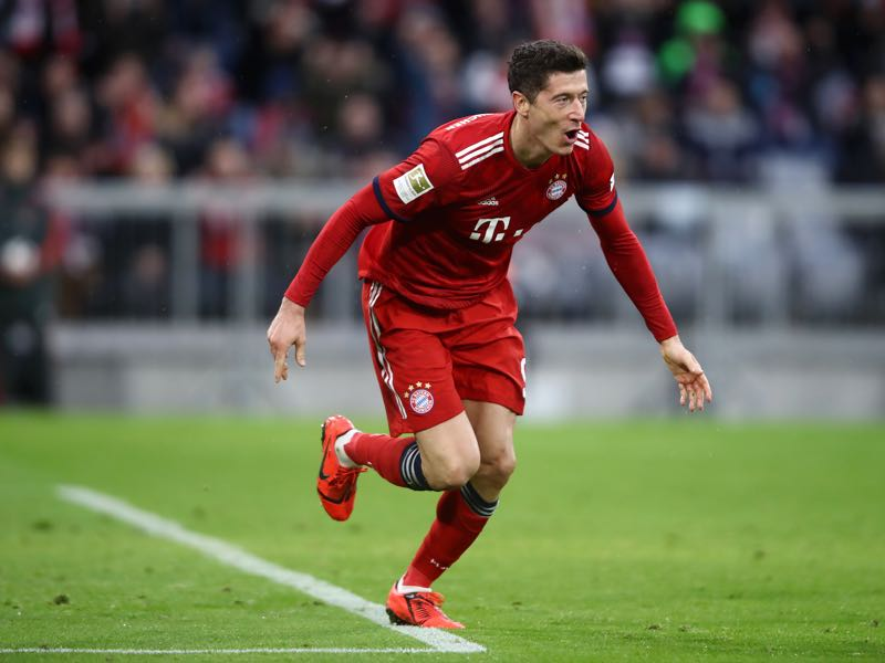 Bayern v Wolfsburg -Robert Lewandowski of Bayern Munich scores his team's sixth goal during the Bundesliga match between FC Bayern Muenchen and VfL Wolfsburg at Allianz Arena on March 09, 2019 in Munich, Germany. (Photo by Alex Grimm/Bongarts/Getty Images)