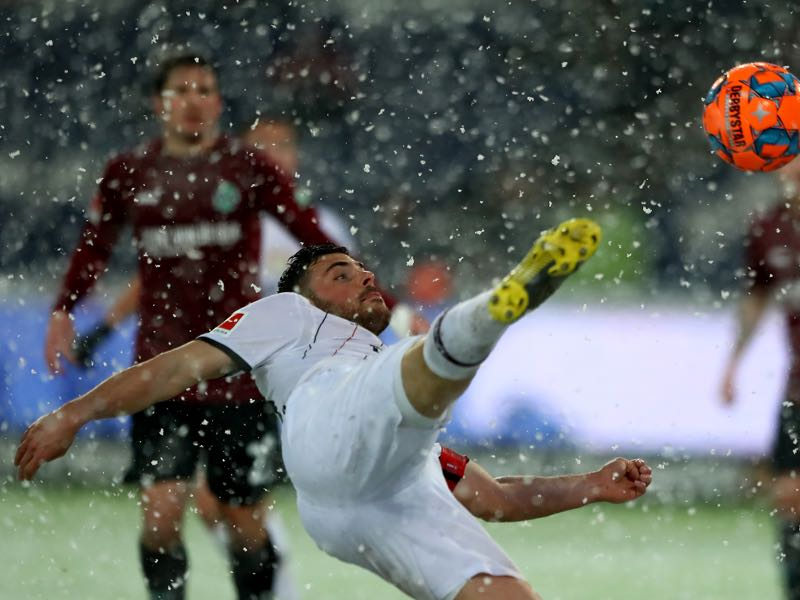 Hannover v Leverkusen - Kevin Volland of Leverkusen in action during the Bundesliga match between Hannover 96 and Bayer 04 Leverkusen at HDI-Arena on March 10, 2019 in Hanover, Germany. (Photo by Martin Rose/Bongarts/Getty Images)