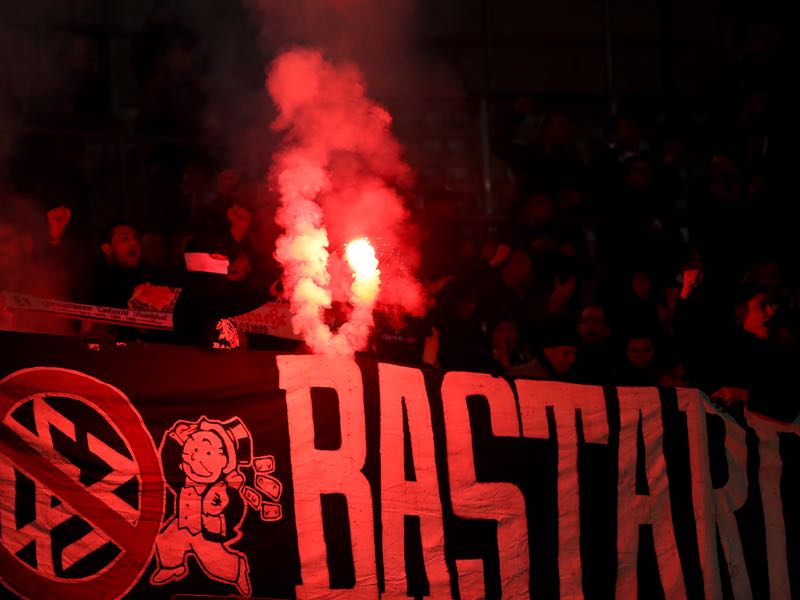 Düsseldorf v Frankfurt - The Eintracht Frankfurt fans during the Bundesliga match between Fortuna Duesseldorf and Eintracht Frankfurt at Esprit-Arena on March 11, 2019 in Duesseldorf, Germany. (Photo by Lars Baron/Bongarts/Getty Images)