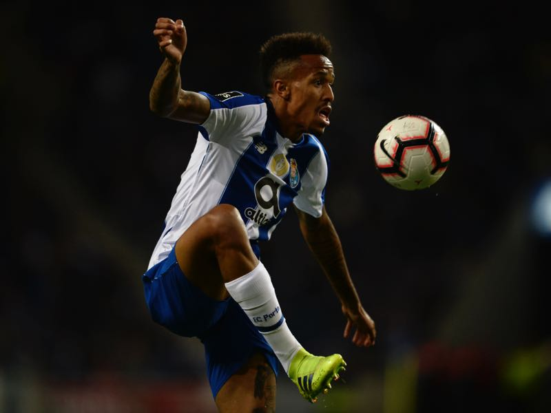 Porto's Brazilian defender Eder Militao controls the ball during the Portuguese league football match between FC Porto and CS Maritimo at the Dragao stadium in Porto on March 16, 2019. (Photo by MIGUEL RIOPA / AFP)
