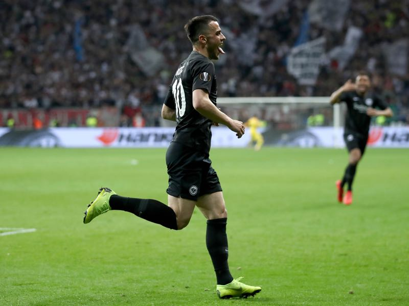 Eintracht Frankfurt v Benfica - Filip Kostic of Eintracht Frankfurt celebrates scoring his sides first goal during the UEFA Europa League Quarter Final Second Leg match between Eintracht Frankfurt and Benfica at Commerzbank-Arena on April 18, 2019 in Frankfurt am Main, Germany. (Photo by Alex Grimm/Getty Images)
