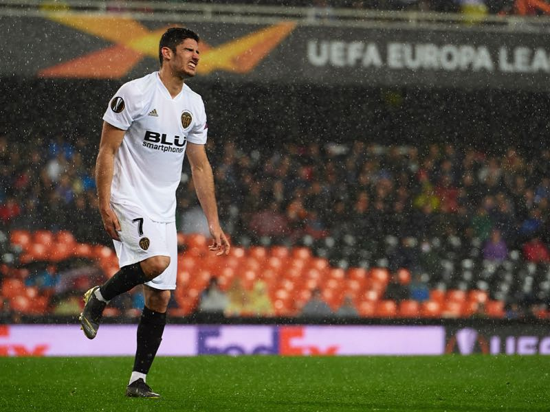 Goncalo Guedes of Valencia reacts during the UEFA Europa League Quarter Final Second Leg match between Valencia and Villarreal at Estadi de Mestalla on April 18, 2019 in Valencia, Spain. (Photo by Manuel Queimadelos Alonso/Getty Images)