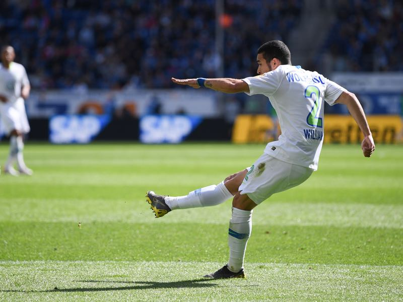 Hoffenheim v Wolfsburg - William of Wolfsburg scores his team's first goal during the Bundesliga match between TSG 1899 Hoffenheim and VfL Wolfsburg at PreZero-Arena on April 28, 2019 in Sinsheim, Germany. (Photo by Matthias Hangst/Bongarts/Getty Images)