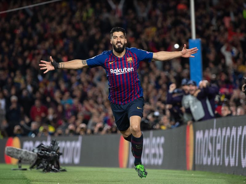 Luis Suarez of Barcelona celebrates after scoring his team's first goal during the UEFA Champions League Semi Final first leg match between Barcelona and Liverpool at the Nou Camp on May 01, 2019 in Barcelona, Spain. (Photo by Matthias Hangst/Getty Images)