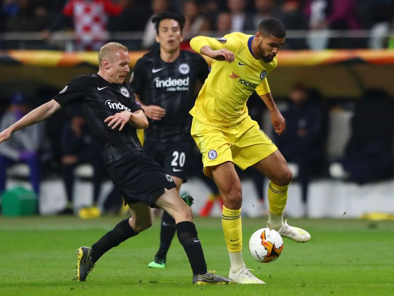 Eintracht Frankfurt v Chelsea - Ruben Loftus-Cheek of Chelsea evades Sebastian Rode of Eintracht Frankfurt during the UEFA Europa League Semi Final First Leg match between Eintracht Frankfurt and Chelsea at Commerzbank-Arena on May 02, 2019 in Frankfurt am Main, Germany. (Photo by Martin Rose/Bongarts/Getty Images)
