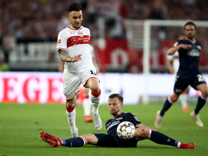 Stuttgart v Union Berlin - Anastasios Donis of VfB Stuttgart figths for the the ball with Marvin Friedrich of 1. FC Union Berlin during the Bundesliga playoff first leg match between VfB Stuttgart and 1. FC Union Berlin at Mercedes-Benz Arena on May 23, 2019 in Stuttgart, Germany. (Photo by Alex Grimm/Bongarts/Getty Images)