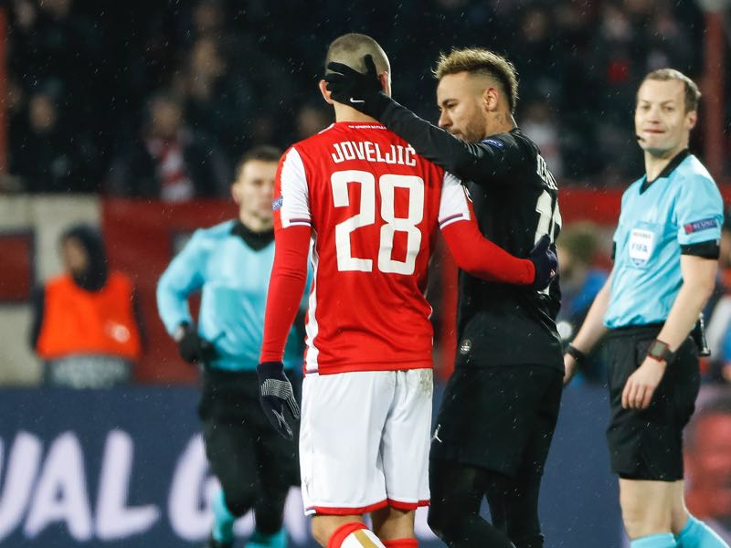 Neymar (R) of Paris Saint-Germain speaks with Dejan Joveljic (L) of Red Star Belgrade after the UEFA Champions League Group C match between Red Star Belgrade and Paris Saint-Germain at Rajko Mitic Stadium on December 11, 2018 in Belgrade, Serbia. (Photo by Srdjan Stevanovic/Getty Images)