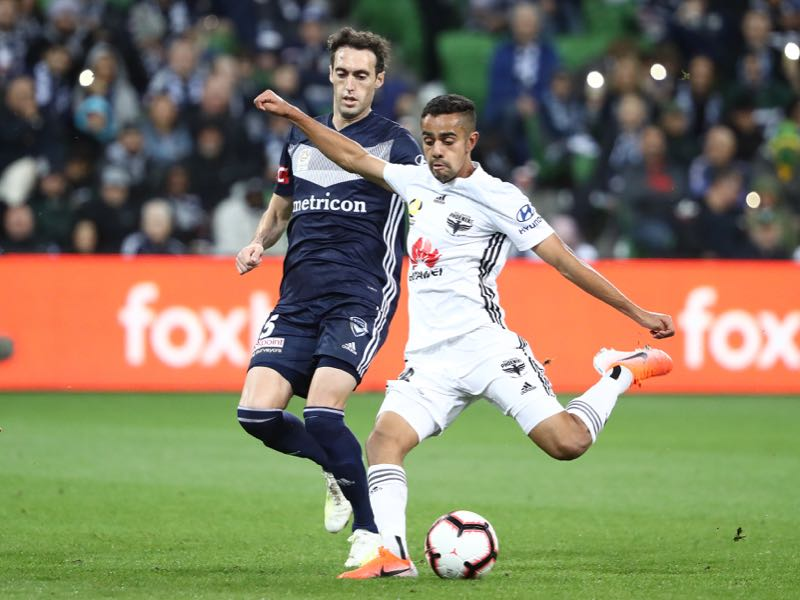 Sarpreet Singh of the Wellington Phoenix kicks the ball during the A-League Elimination Final match between Melbourne Victory and the Wellington Phoenix at AAMI Park on May 03, 2019 in Melbourne, Australia. (Photo by Robert Cianflone/Getty Images)