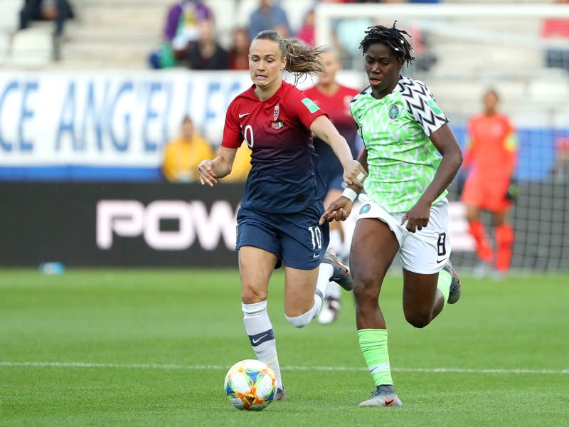 Asisat Oshoala of Nigeria is closed down by Caroline Graham Hansen of Norway during the 2019 FIFA Women's World Cup France group A match between Norway and Nigeria at Stade Auguste Delaune on June 08, 2019 in Reims, France. (Photo by Robert Cianflone/Getty Images)
